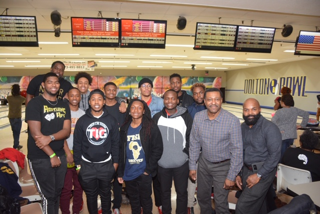 Bowling with the scholars