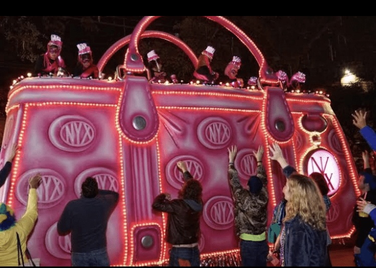 Krewe of Nyx Purse Float