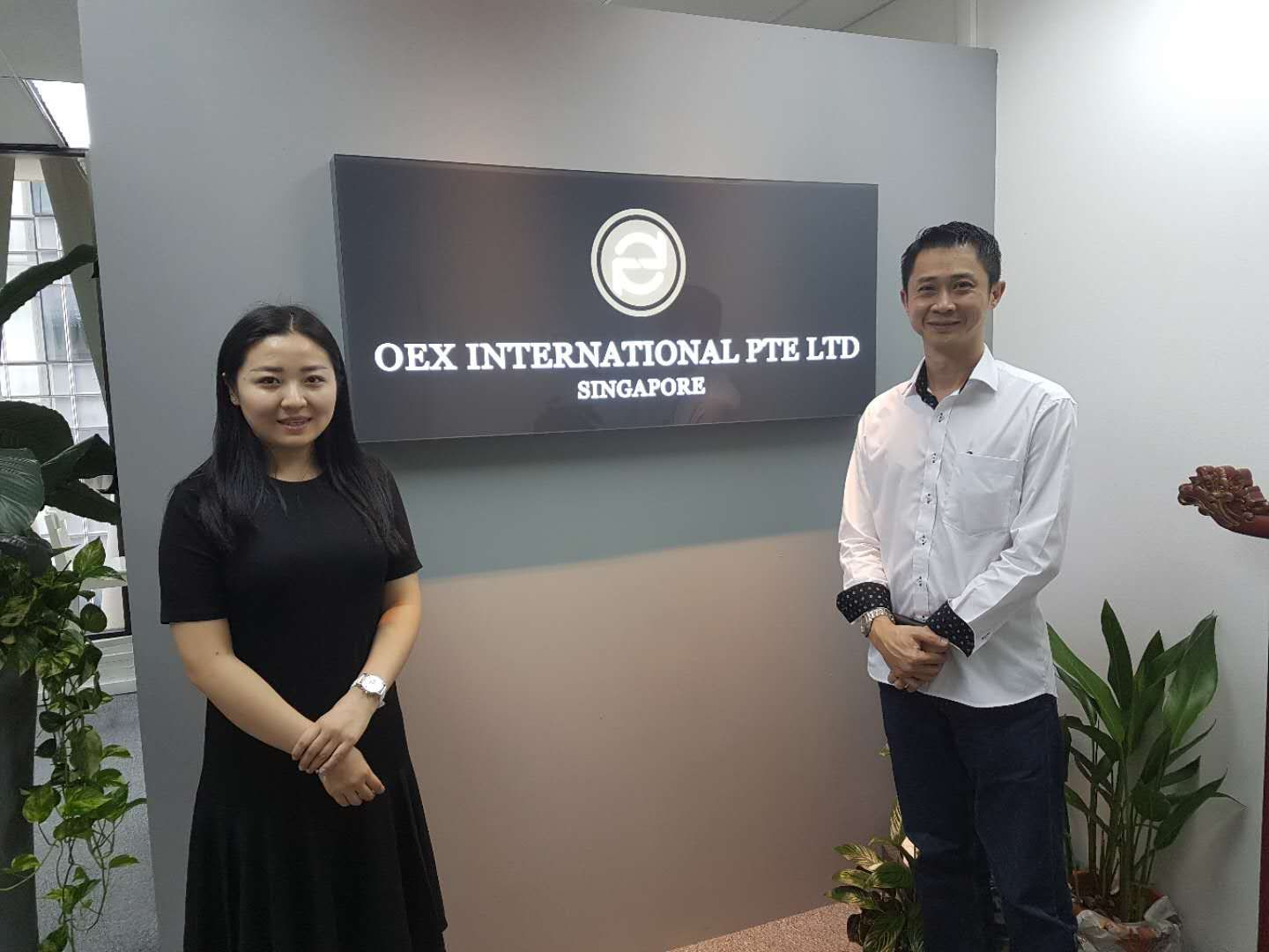Ms Katrina, CEO of OEX International and Mr Andy Loh, CEO of Puregold.sg Group